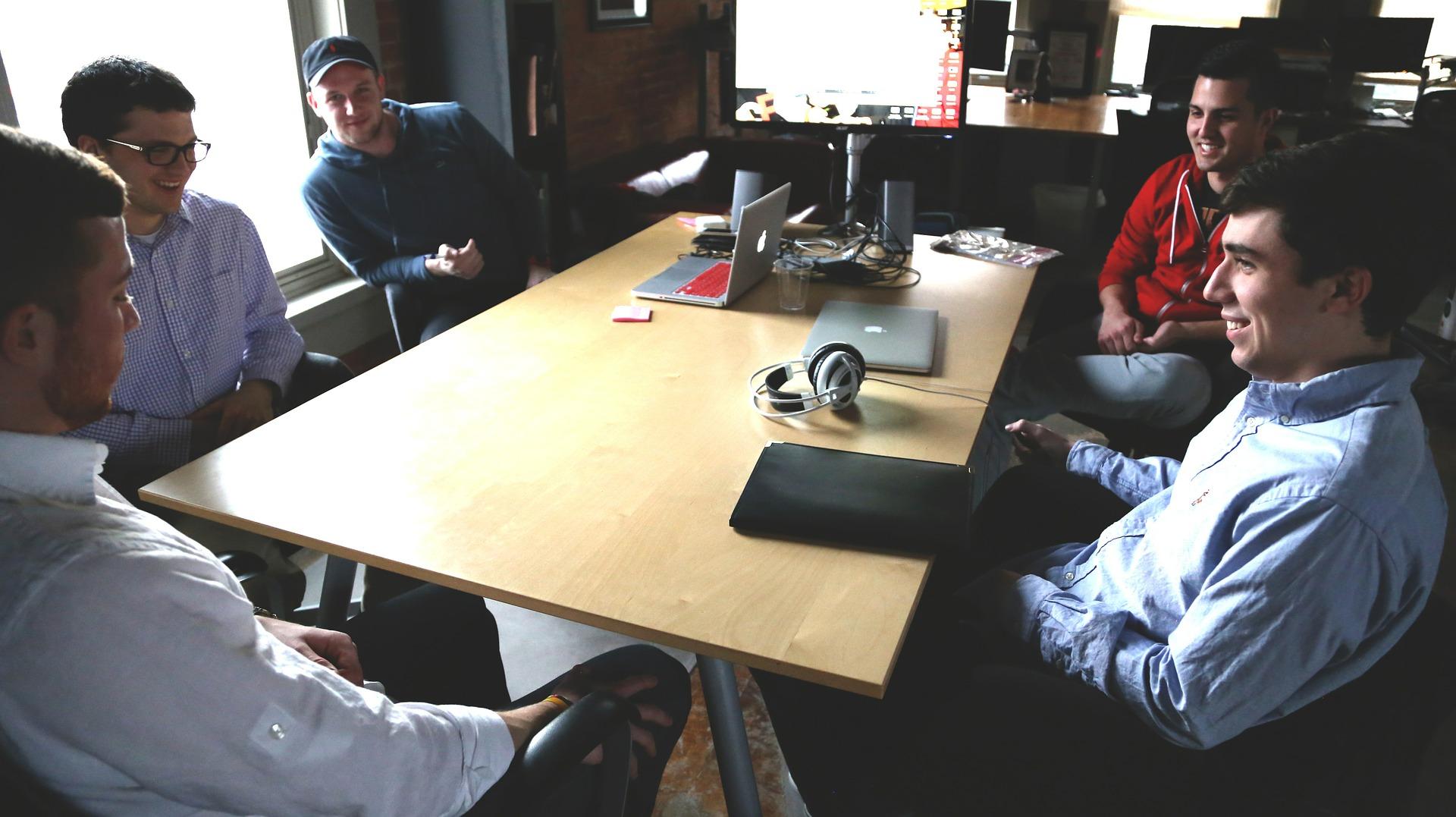 engager-prospects-jeprospecte-by-tilkee